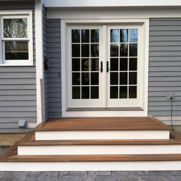 1f8ad36aec8401e3c39d0285e72a62de--the-step-wood-front-steps-ideas